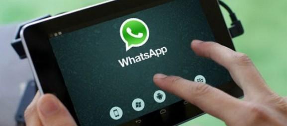 WhatsApp envisage un partage de vos données privées avec Facebook