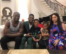 People | Samuel Eto'o fait une petite tournée au Nigeria